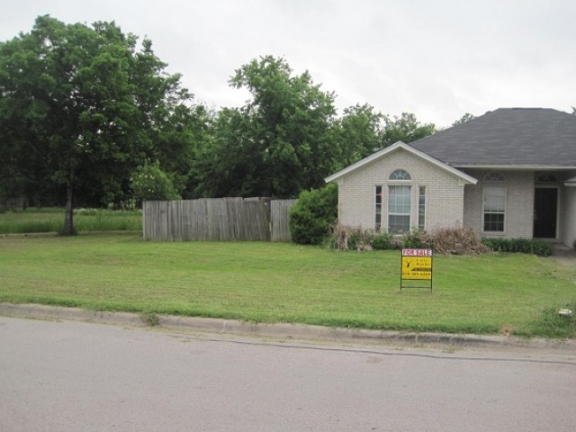 JOHNSTON,BURNET,Texas 78611,Homes (Sold),JOHNSTON,1106